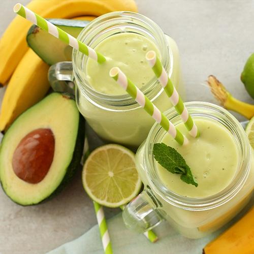 Gezonde ontbijt recepten - banaan avocado smoothie