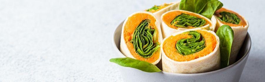 Vegan wraps met zoete aardappel, spinazie en hummus